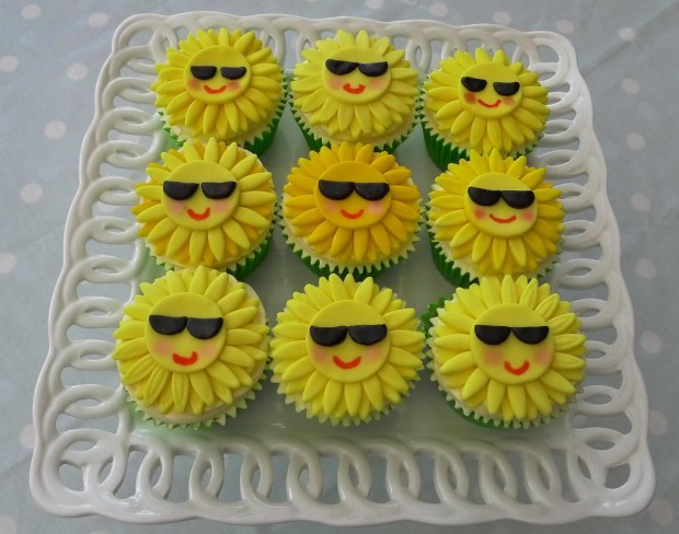 Summertime Sunshine Cupcakes