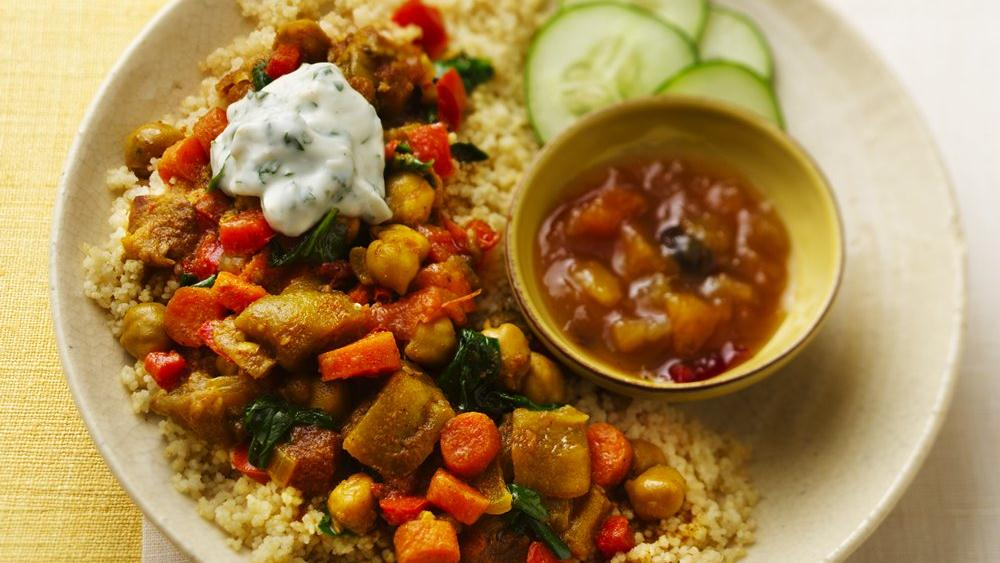 SLOW-COOKER VEGETABLE CURRY!!