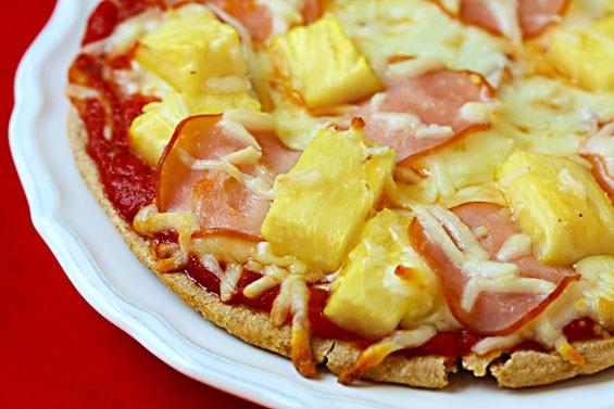 HAWAIIAN PITA PIZZA!!