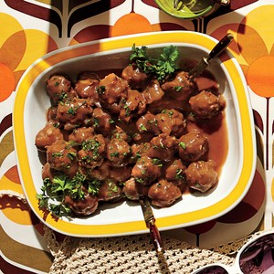 EASY COCKTAIL MEATBALLS!!