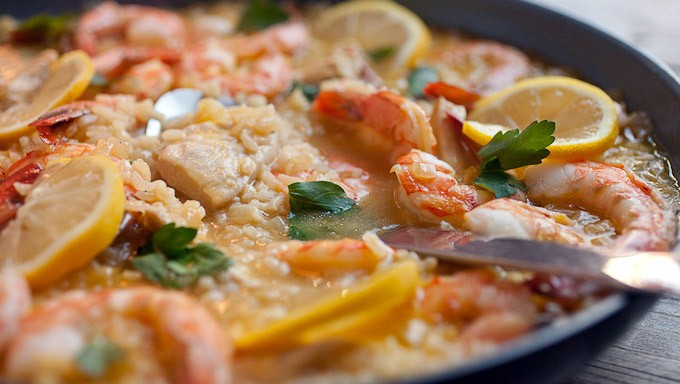 SKILLET RICE WITH SHRIMP & CHICKEN
