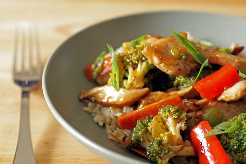 TERIYAKI CHICKEN & SNOW PEAS STIR FRY!!