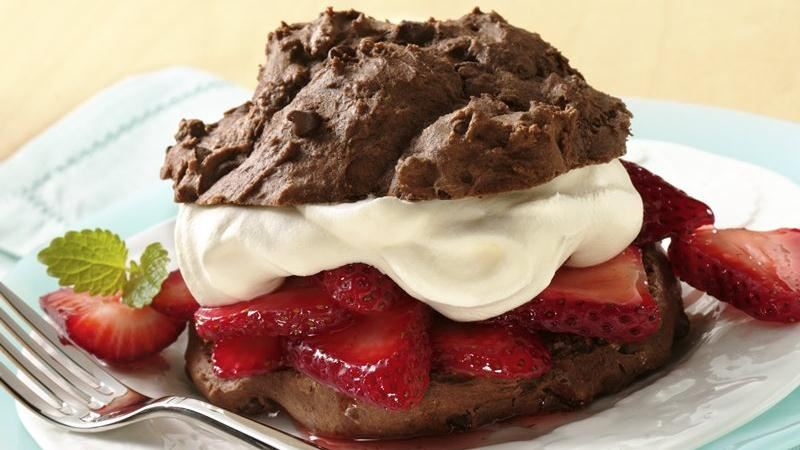 CHOCOLATE STRAWBERRY SHORTCAKES!!