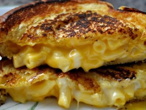 GRILLED MAC N' CHEESE!!