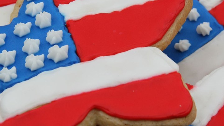RED WHITE AND BLUE SUGAR COOKIES!!