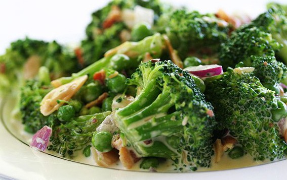 BEAUTIFUL BROCCOLI  SALAD!!