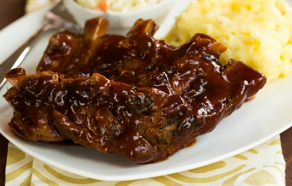 SLOW COOKER BBQ RIBS!!