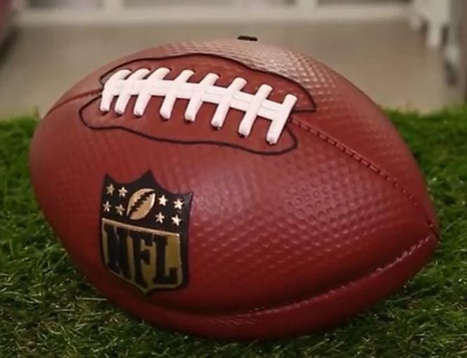 UNBELIEVABLE NFL FOOTBALL CAKE!!!