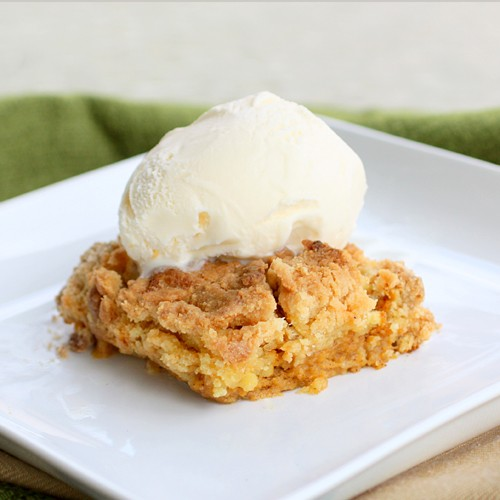 FALL INTO THIS PUMPKIN DUMP CAKE!!!