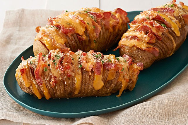 CHEESY BACON HASSELBACK POTATOES!!