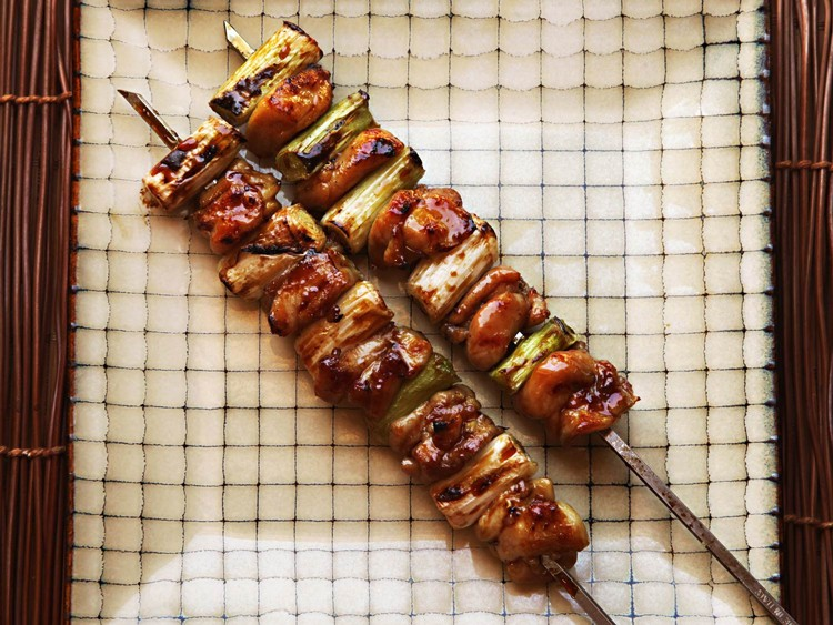 EASY YAKITORI (Japanese-Style Grilled Chicken Skewers)!!