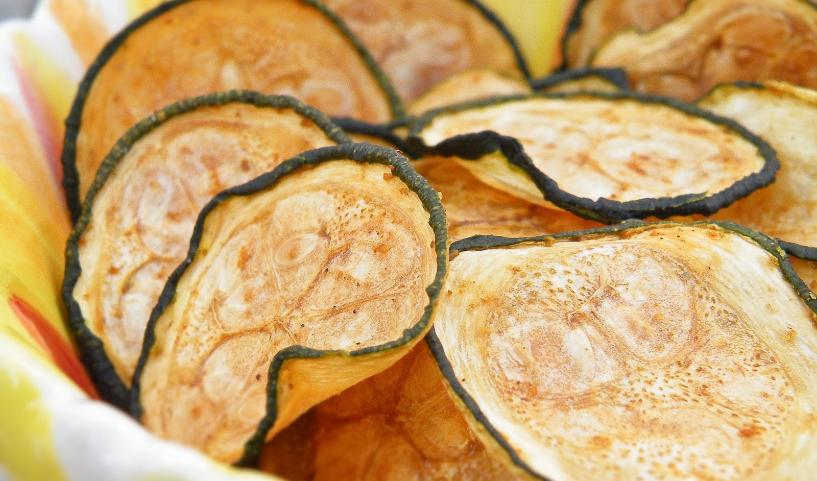 SUPER SIMPLE ZUCCHINI CHIPS!!