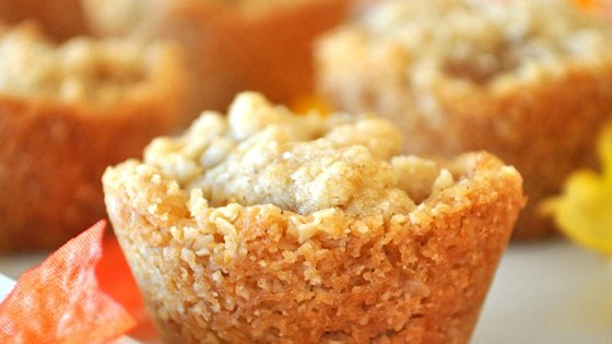 AWESOME APPLE CRISP CUPS!!
