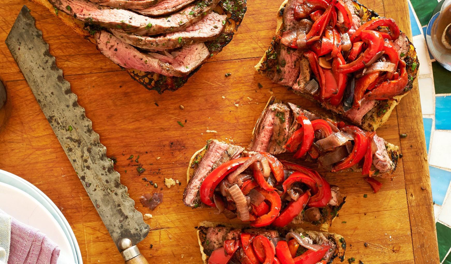 DELIGHTFUL BEEF & ROASTED RED PEPPER SANDWICH!!