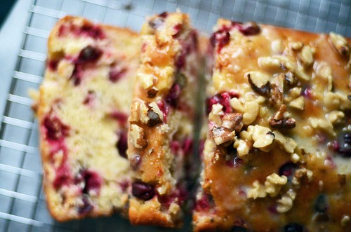CRANBERRY ORANGE BREAD!!