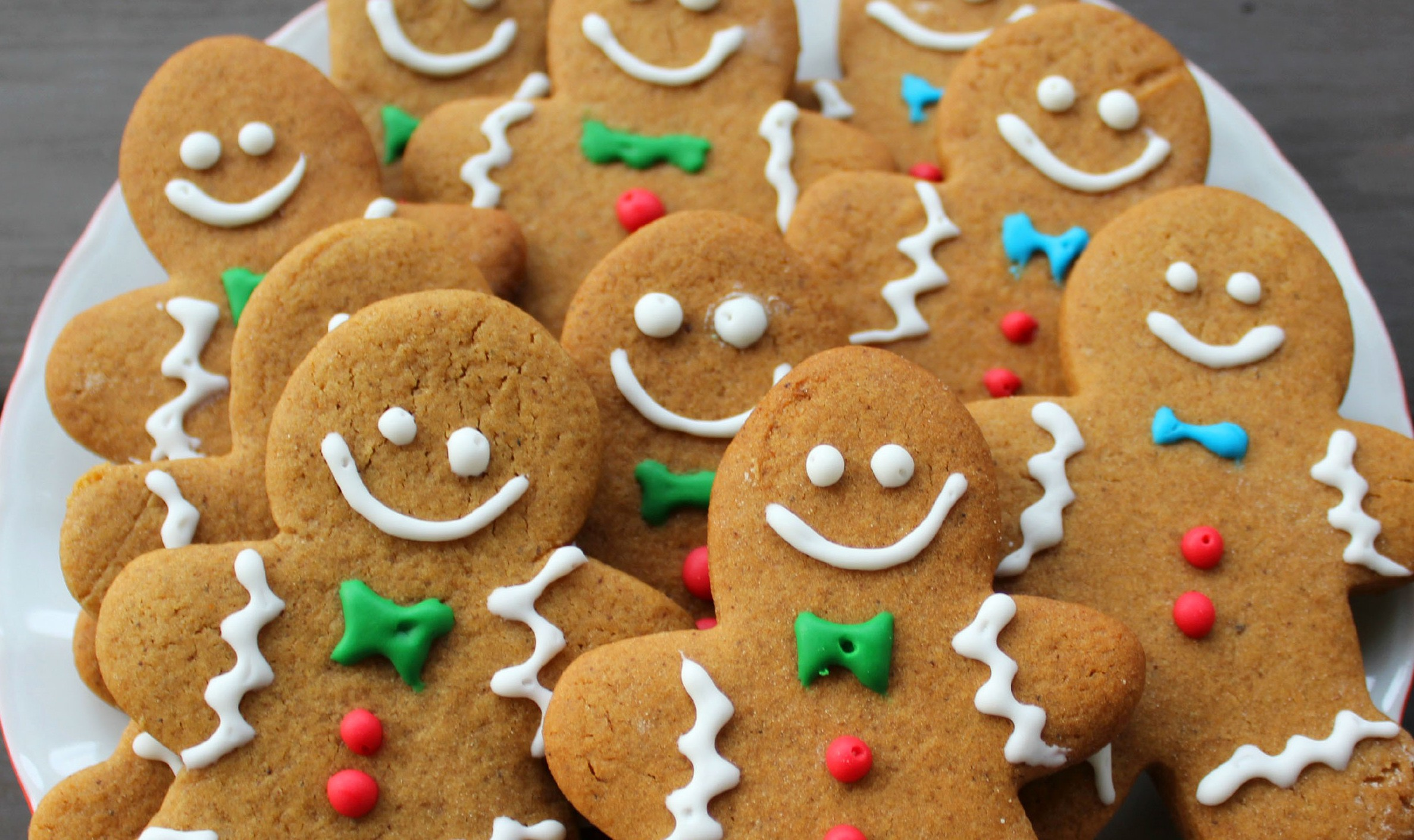 THE GINGERBREAD COOKIE MURDER!!